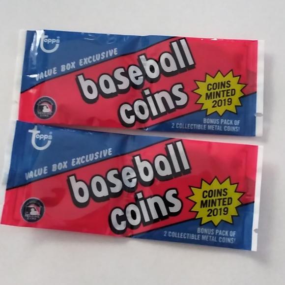 2/$20 Topps 2019 Baseball Coins - (x2)